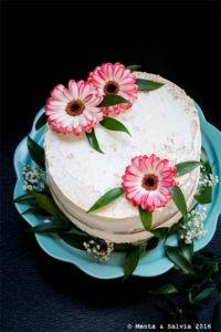 Naked cake con ganache al cioccolato bianco e frutti di bosco di Alessandra