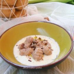 181.gnocchi di patate e noci Pecan, su crema di formaggi con rosmarino e crumble di salsiccia di Milena