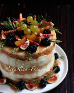 "Naked cake ""Delizia d'autunno"" di Francesca"