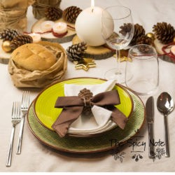 """6.La tavola della cena della Vigilia di Natale di Lidia: """"Festive woods"""""""