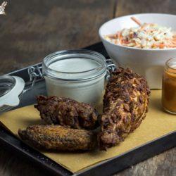 65.Pollo fritto con spicy wings sauce e salsa al Blue cheese di Claudia