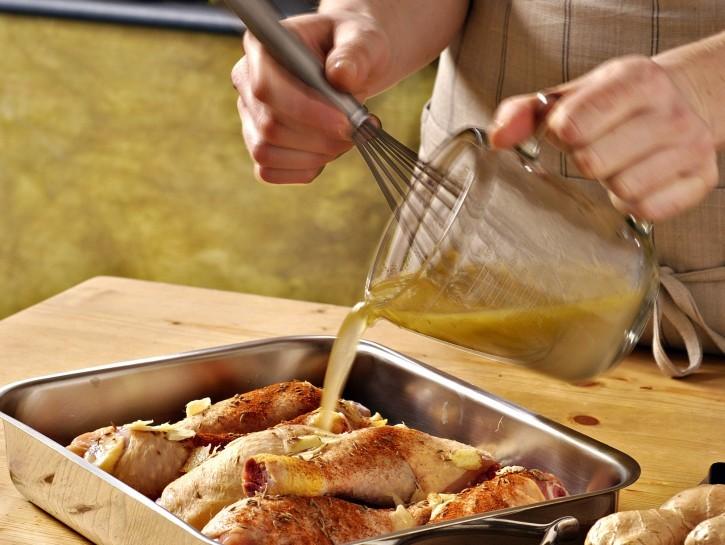 fusi-di-pollo-arrosto-con-le-spezie-725x545