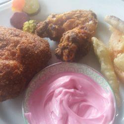5.Pollo fritto con salsa alla barbabietola di Elisa