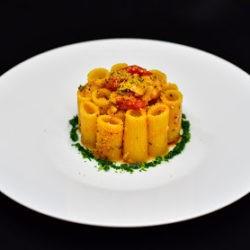 70. Rigatoni alla gallinella di mare con pomodorini Pachino e briciole di pangrattato di Susy May