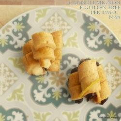 4. Sonia, Cannoli gluten free con crema pasticcera alla radice di liquirizia e cremoso al cioccolato fondente e lime