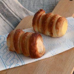 43. Elisabetta, Cannoli alla crema pasticcera alla vaniglia e alla mousseline al pralinato di nocciole