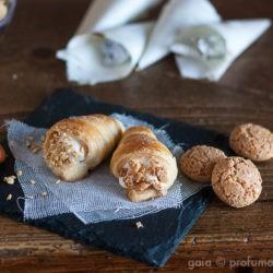 44. Gaia, Cannolini con mousse al miele e fava tonka e con mousse alle nocciole