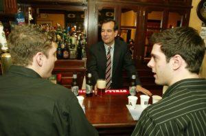 barista e cliente