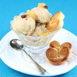 47. ventaglietti al burro affumicato con gelato affumicato alla pancetta e mele cotogne caramellate di Silvia