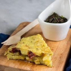24. tortilla di patate e pomodori secchi di Marca e Chiara