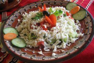 -shopska-salata cucina bulgara