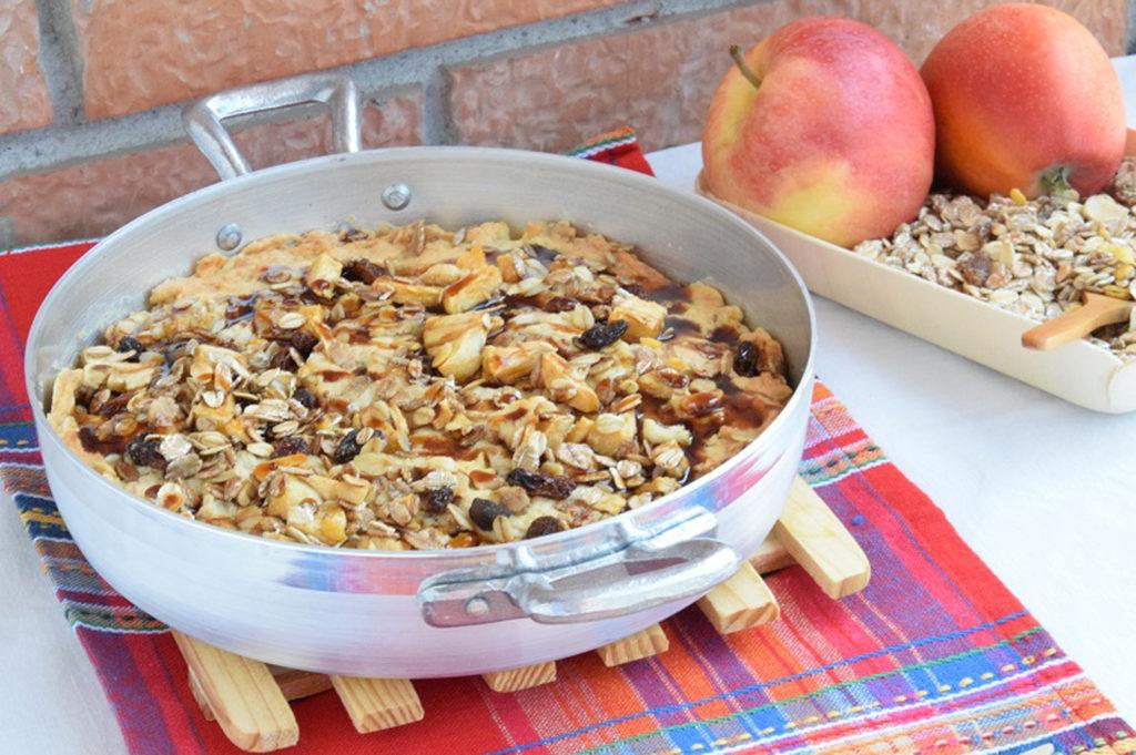 Biscotto in padella con mele, avena e melassa 4