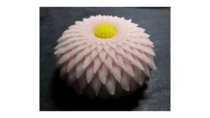 wagashi autunnale: crisantemo pasticceria giapponese