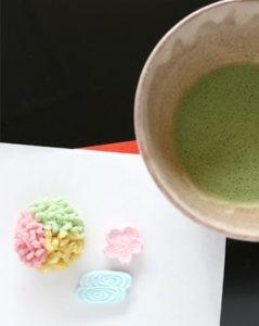 wagashi di inizio primavera: pasticceria giapponese