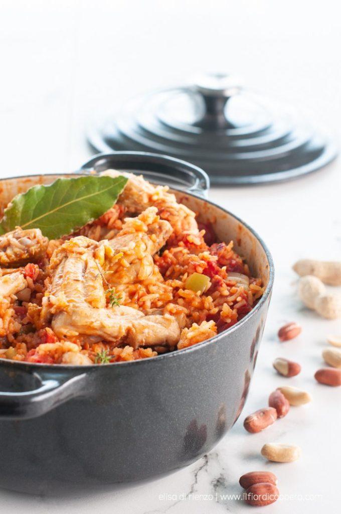 45. Elisa, red rice speziato con pollo stufato agli arachidi