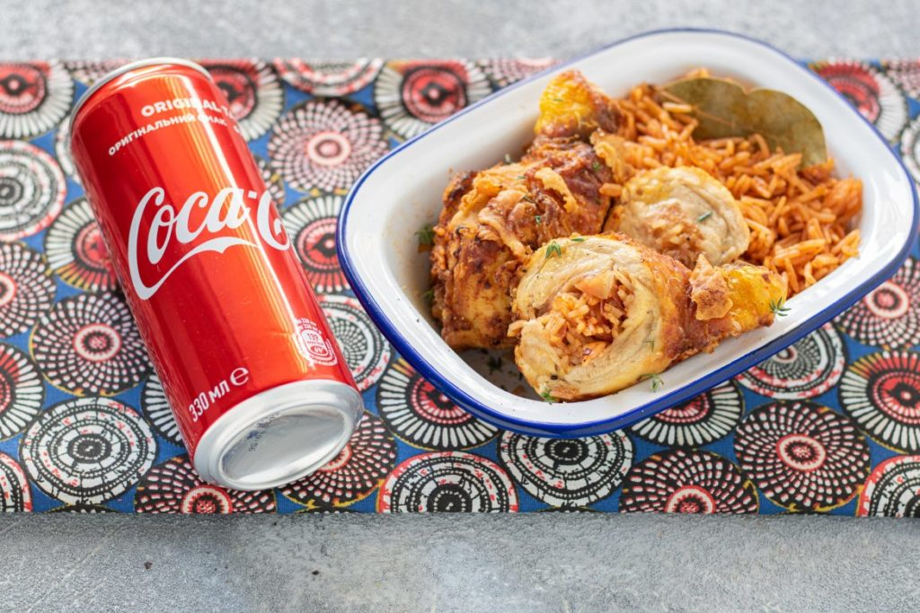 63. Silvia, red rice alla cocacola e pollo fritto ripieno